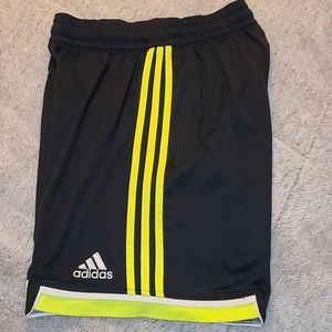 Men's athletic short